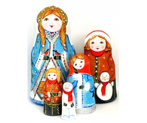 1102 - Matryoshka Russian Nesting Dolls Winter