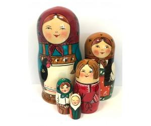 1143 - Family Matryoshka Russian Nesting Doll