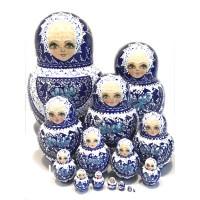 1421 - Matriochka Poupées Russes Motif Floral Blanc et Bleu