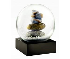 Cairn Snow Globe Coolsnowglobes