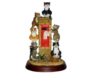 Last Post - 2012 Limited Edition  - Comic and Curious Cats Figurine