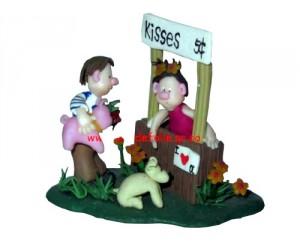 Kisses, 5 Cents - Little Street Figurine