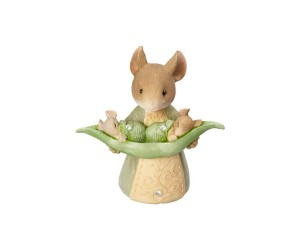Mouse with Peapod Tails With Heart