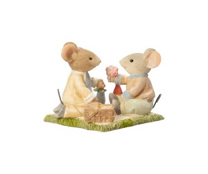 Love is a Picnic Mouse Tails With Heart