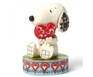 Snoopy Tenant un Coeur
