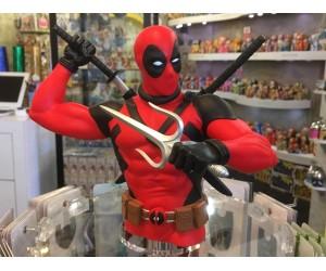 Deadpool Deux Épées Tirelire Buste