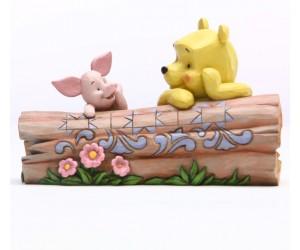 Winnie et Porcinet sur un Tronc d'Arbre Disney Tradition